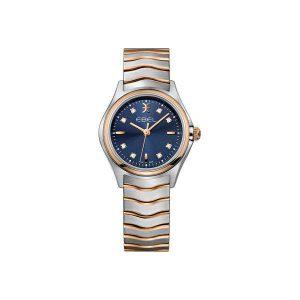 Dames horloge uit de Ebel Wave collection - uitgevoerd met een bicolour kast en band en een blauwe wijzerplaat bezet met diamant - De Ebel collectie is verkrijgbaar bij Sparnaaij Juweliers in Aalsmeer